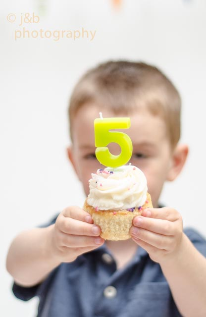 4 birthday cupcake age candle